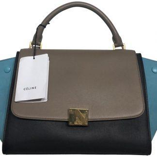 ... The factory direct Céline 1 1 Mirror Replica Trapeze Medium Shoulder  Bag celine replica mini belt bag ... 8ecd8249e6ec2